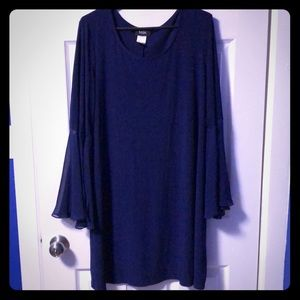 Blue dress with bell-sleeves